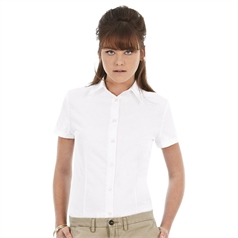 B&C Collection Women's Soft Collar Oxford Short Sleeve Blouse