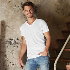 B&C Collection Men's V-Neck Organic T-Shirt